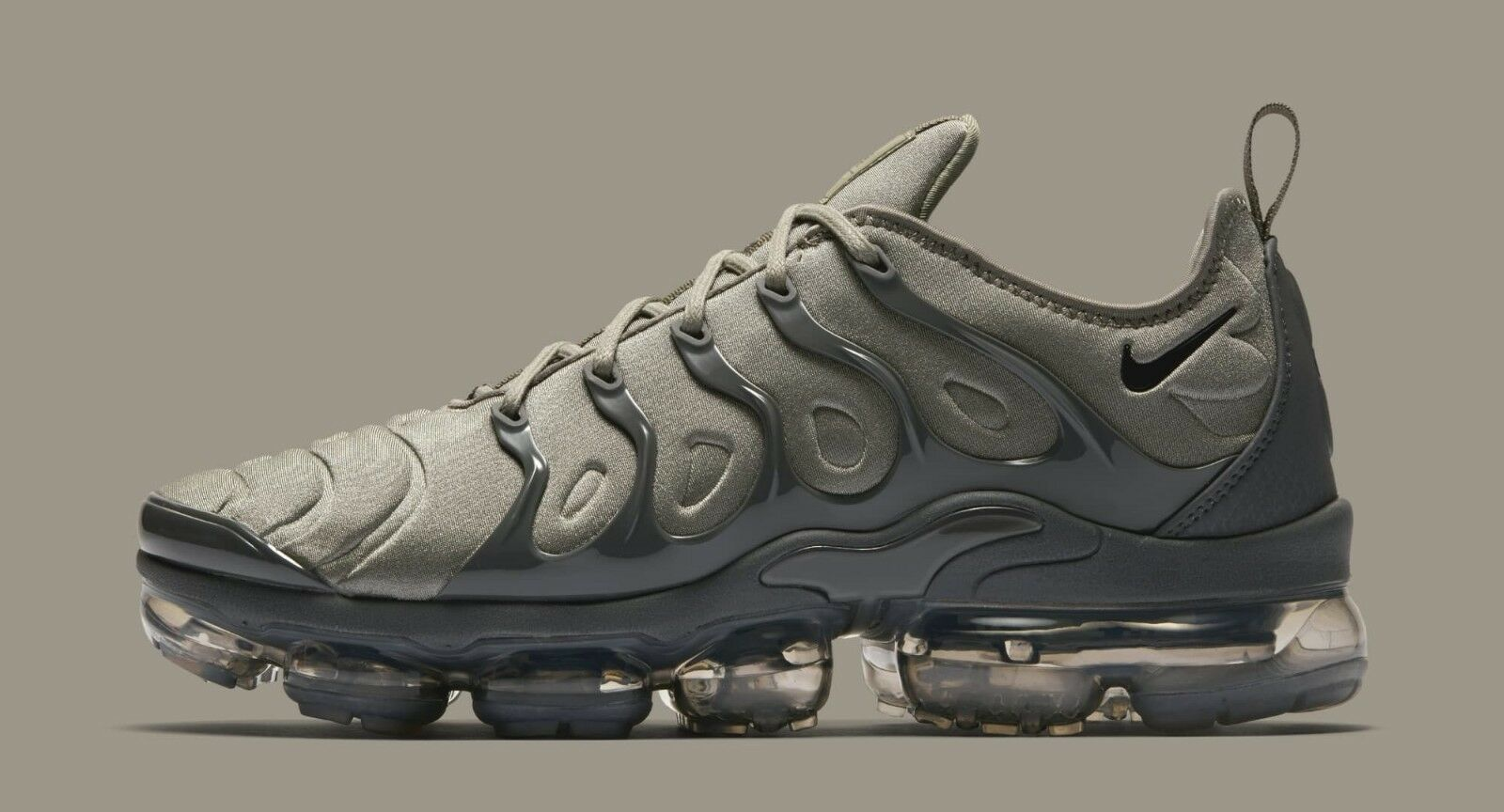 Nike Air Vapormax Plus size 12.5. Dark Stucco Dark Grey.  AT5681-001. 97 95