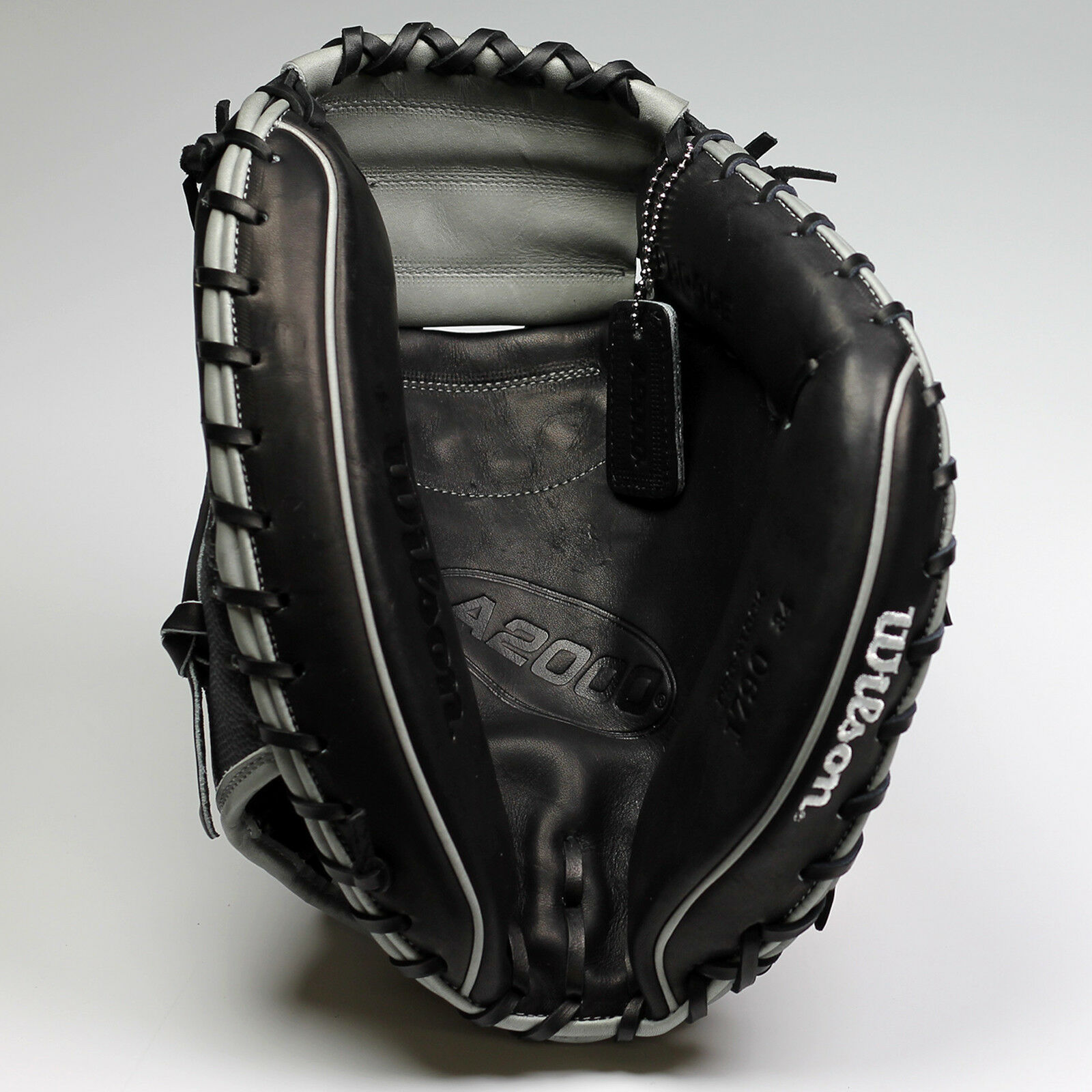 Wilson A2000 191790SS 34 34 34  Catcher's Baseball Mitt - Right Hand Throw (NEW) 52c761