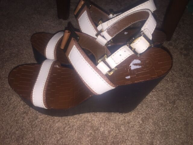 a7e4f5c4c86503 Tory Burch White  Brown  Navy Wedge Platforms- Size 9.5-  350