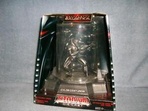 Série Cylon Centurion Titanium Présentoir sous-marin Battlestar Galactica 2006 Nouveau 653569146964