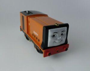Rusty-Thomas-Tank-Engine-Trackmaster-2005-Tomy-Motorized-Train-TOMY-Works-flaw