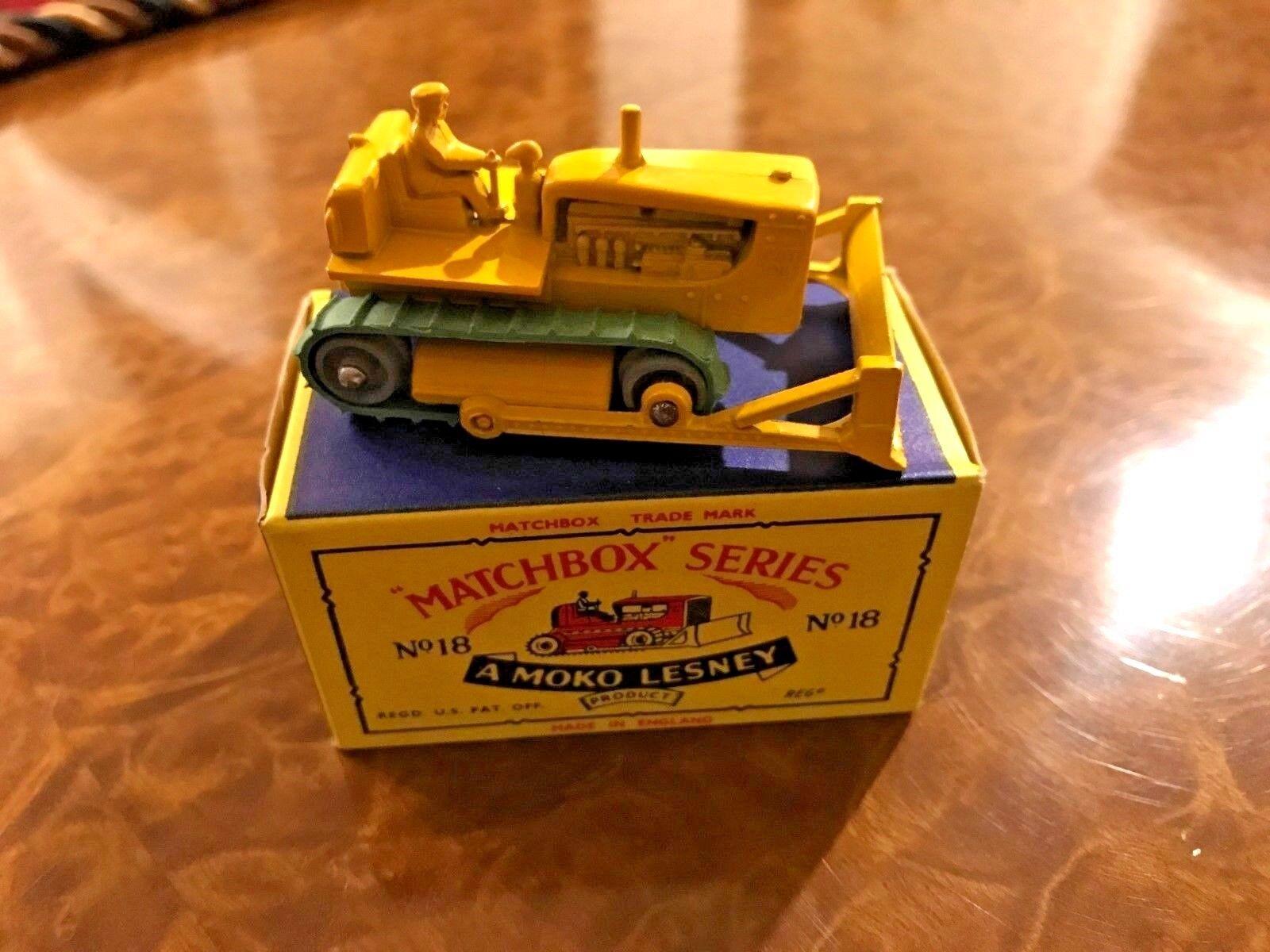 Vintage Matchbox Jouet   Caterpillar D8 Bulldozer   Jour 1 Beauté   N0. 18 Série
