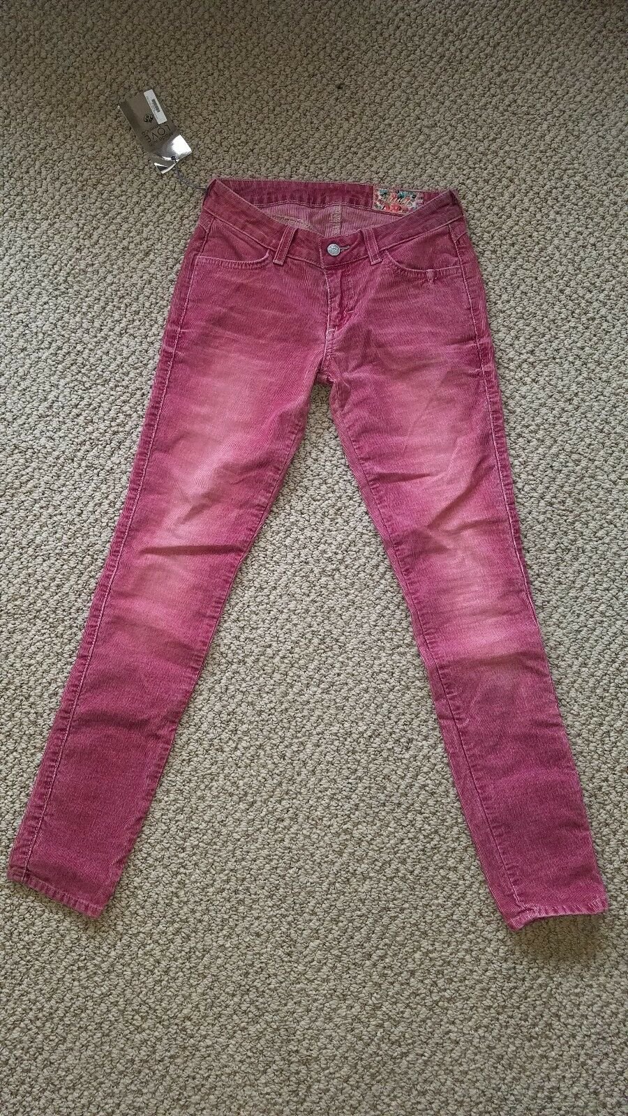 NEVER WORN SIWY JEANS SIZE 24 RED FADED SKINNY JEANS COMFORTABLE