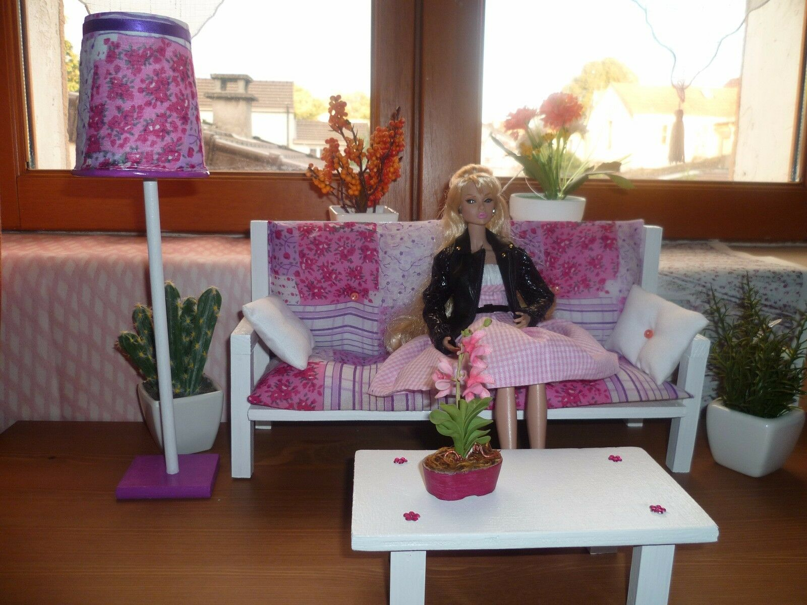 CANAPE  SOFA + TABLE BASSE  + LAMPE   FASHION ROYALTY  POPPY PARKER  BARBIE 1 6