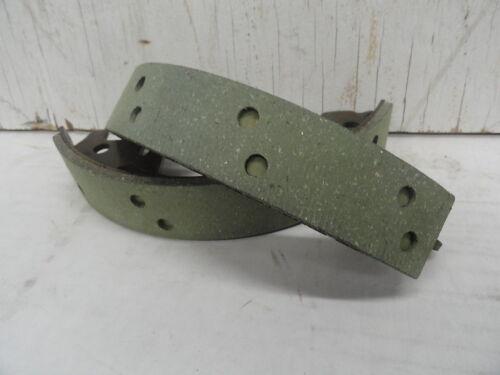 """PAN /""""REPRO/"""" SET OF 1958-62 REAR BRAKE SHOES #41801-58A"""
