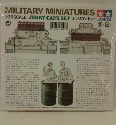 Tamiya 1//35 scale model kit 35026 Jerry can set