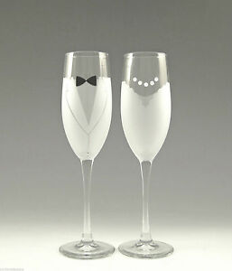 Asta-Hand-Etched-Bride-amp-Groom-Champagne-Glass-Wedding-Toasting-Flutes-Set-of-2