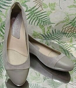 EARTH-EARTHIES-GREY-LEATHER-LOAFERS-SLIP-ONS-BUSINESS-DRESS-SHOES-WOMENS-SZ-7-B