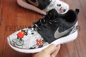 0f457cc75afa La foto se está cargando Nuevo-Nike-Roshe-One-Personalizado-Mickey-amp- Minnie-