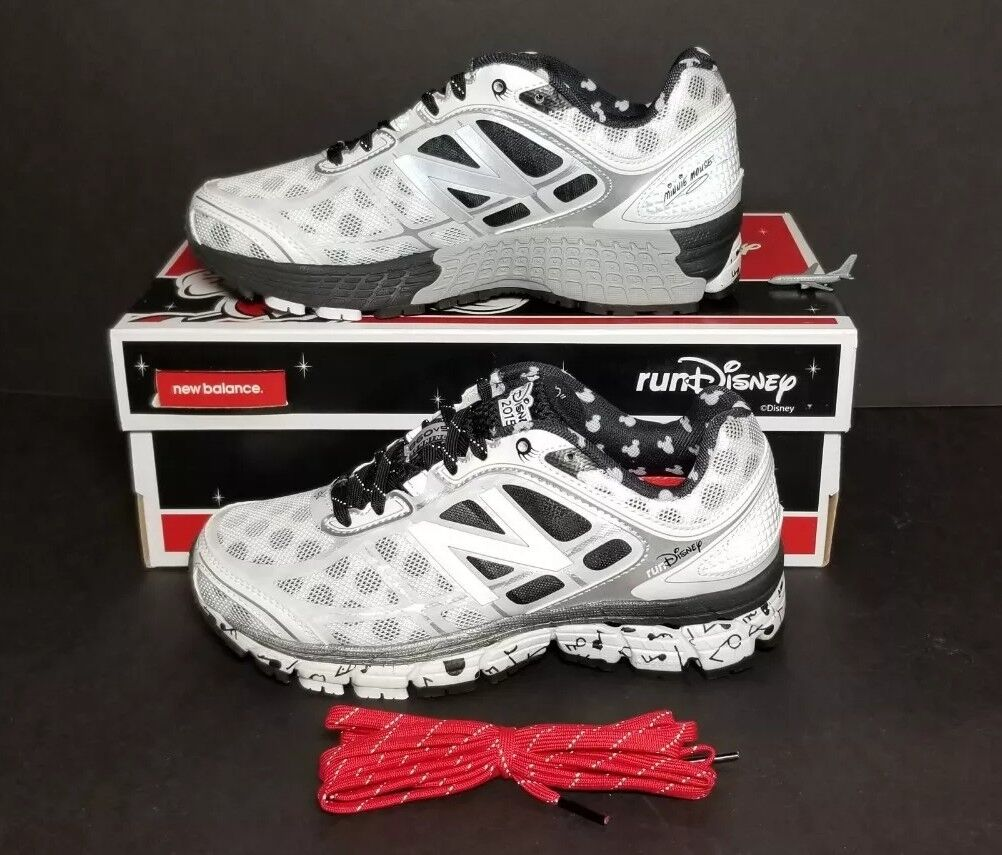 NEW BALANCE RUNDISNEY 2015 WOMEN'S SIZE 5 WIDE  D  NEW IN BOX RUNNING W860DIS5