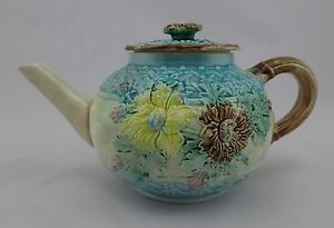 Antique-Victorian-Floral-Majolica-Blue-Teapot-19th-Century