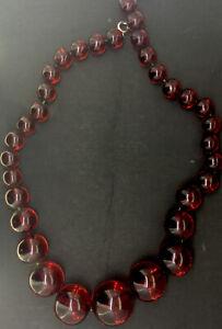 Antique-Necklace-Large-Cherry-Lucite-Art-Deco-Costume-Gradient-Beads-Astonishing