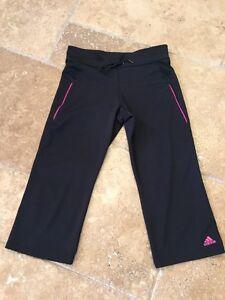 813c06c93b0f Details about Adidas Women s Black Pink Cropped Loose Leg Capri Workout  Fitness Yoga Pants M