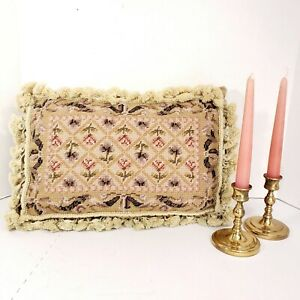 Borgata-Needlepoint-Pillow-12-034-18-034-Wool-Floral-Print-Tassels-Cottage-Core-Vtg