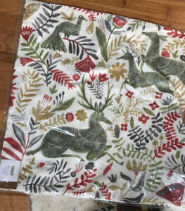 Pottery-Barn-Llew-Deer-Pillow-Cover-Green-22-sq-Christmas-Reindeer-Print-New