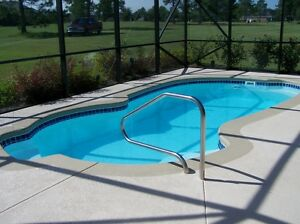 INGROUND FIBERGLASS SWIMMING POOLS 12X25X5\'6\