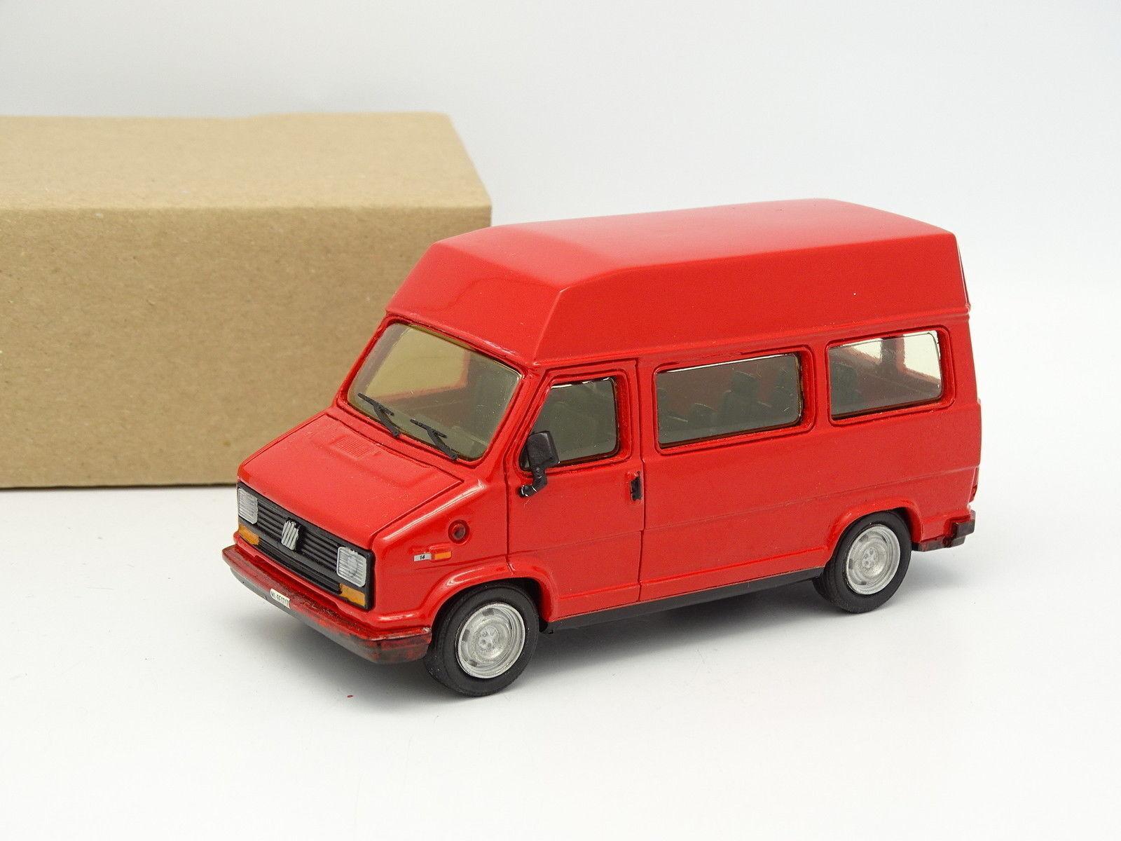 Giocher Resina Sb 1 43 - Fiat Ducato 14 1981 Minibus Rojo Raised