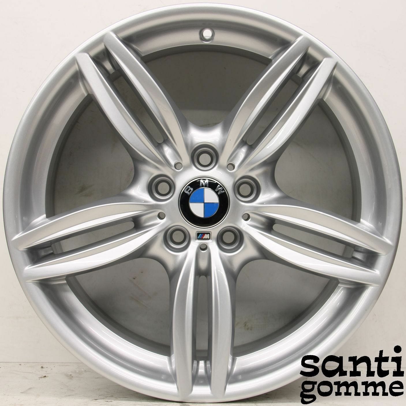 20 x M14X1.25 Argento 60 ° Cerchi in Lega Bulloni filettatura 33mm si adatta BMW F25 G39 F01