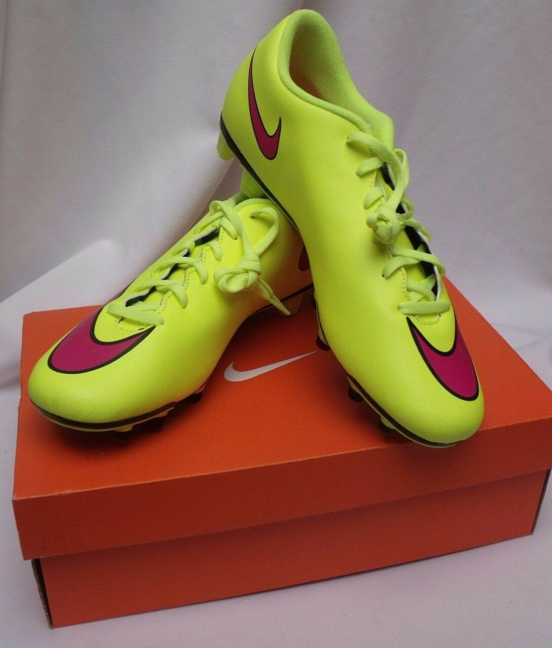 Nike Men's Cleats Mercurial Vortex II FG Size 11 New in Box Soccer Boots