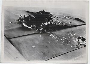 Schwere-Beschaedigung-an-deutschem-Flugzeug-Orig-Pressephoto-von-1941