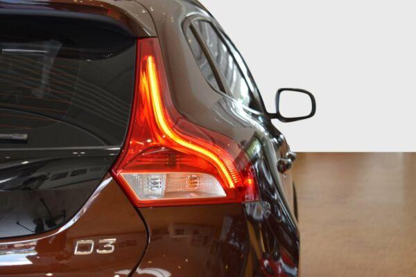 Volvo V40 CC 2,0 D3 150 Momentum aut. billede 3