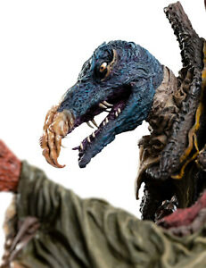 The-Dark-Crystal-AoR-SkekTek-the-Scientist-Skeksis-1-6-Scale-Statue-Weta