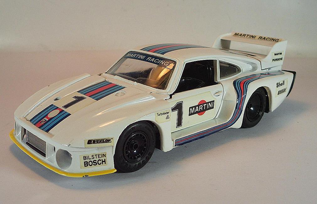 Eidai Grip 1 28 no 1800 Porsche 935 77 Turbo Metal