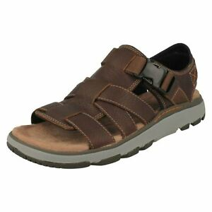 Mens Un Trek Part Sling Back Sandals, Black, One Size Clarks