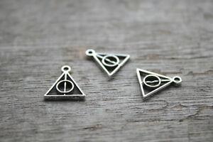 60pcs-Triangle-Charms-silver-Mini-Triangle-Charm-Pendants-jewelry-13X13mm