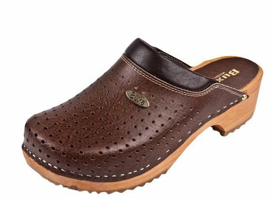 Wooden clogs   Brown color   Swedish style.     US shoes Size (Women's)