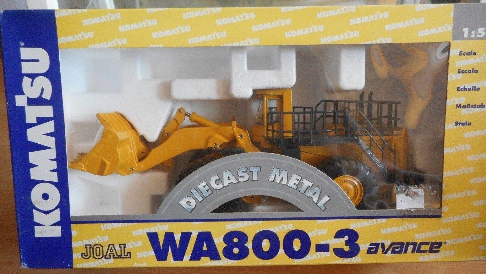 Komatsu WA 800-3 avance Joal jo 205