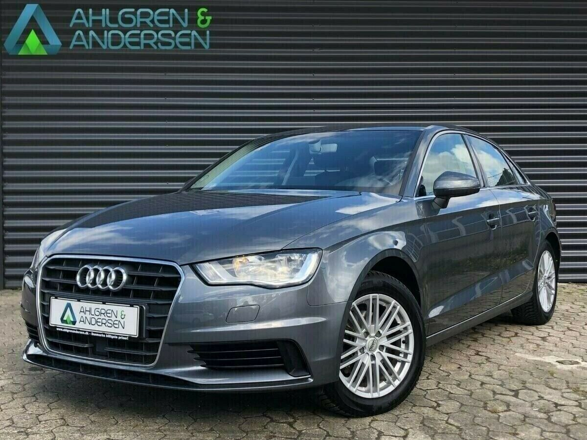Audi A3 2,0 TDi 150 Ambiente S-tr. 4d