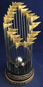 New-York-Yankees-1996-World-Champion-Trophy-Statue-New-York-Yankees-2016-SGA