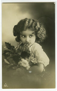 c-1911-Child-Children-Cute-ADORABLE-LITTLE-GIRL-photo-postcard