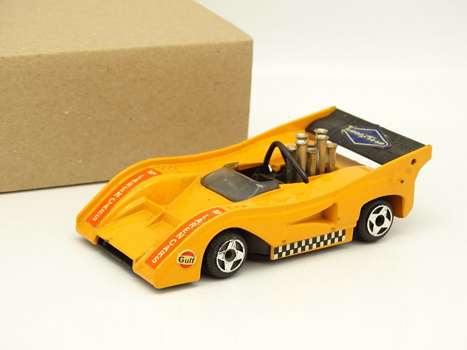 Politoys 1 43 McLaren Chevrolet m8f can am