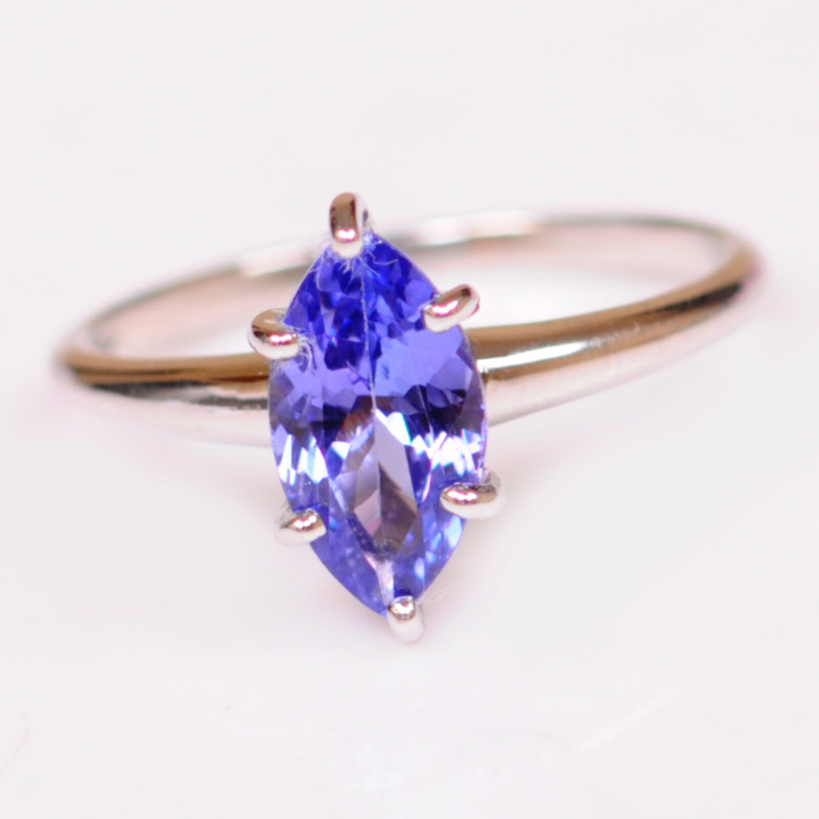 1.35CT Marquise Shape Natural blueee Tanzanite Real 14KT White gold Wedding Ring