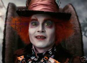 JOHNNY DEPP SIGNED AUTOGRAPHED 8x10 RP PHOTO MAD HATTER ALICE IN WONDERLAND