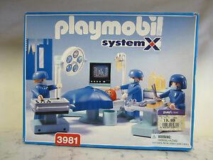 playmobil medical helicopter with 351764663203 on B004pqfggi also 6686 also Bruder 02019 Platform Gate Tipping Trailer With Grey Sides New Factory Sealed P 6752 likewise Wholesale Playmobil Police Set further F 120060256 Pla4008789066626.
