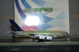 Your-Craftsman-1-400-Airbus-Industries-A380-F-WWK8-Model-Plane-defect-Singapore