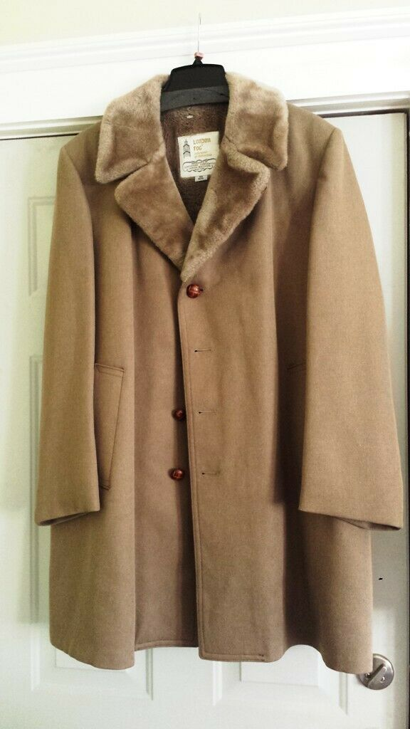 Vintage London Fog Men's Wool and Faux Fur Winter Coat - Taupe - Size 42R