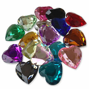 SEW ON FACETED SQUARE GEMS 3 x 30mm SMOKE