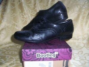 CLARKS-BOOTLEG-SCHOOL-BLACK-SHOES-SIZE-UK-5