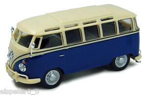 VW-T1-Samba-Bus-blau-weis-Cararama-Auto-Modell-1-43