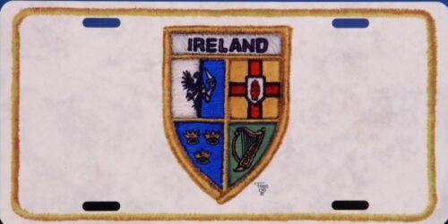 Irish Crest with border  LP119