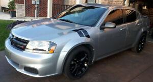 2013 Dodge Avenger SE Black Top Edition