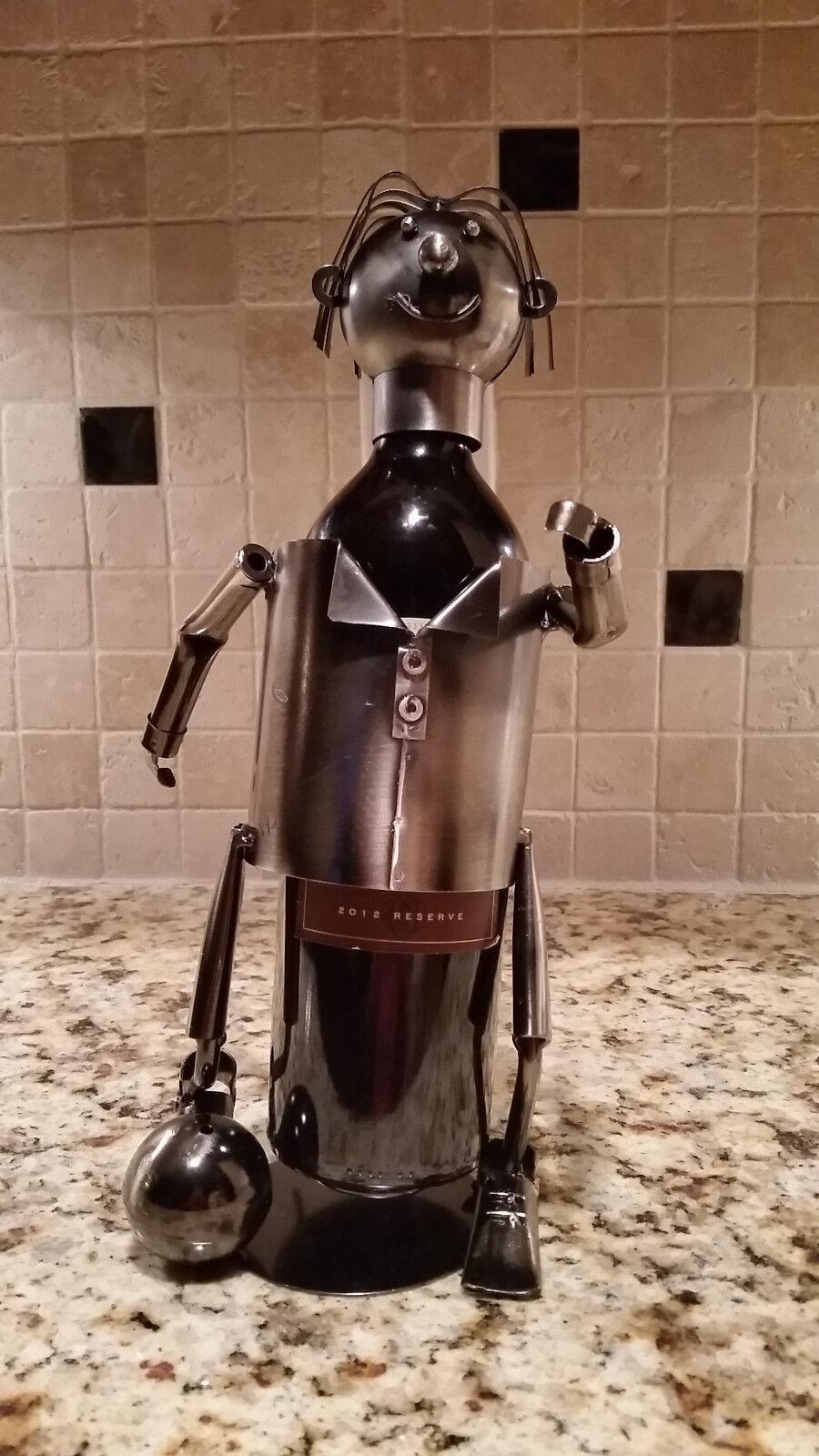 Handmade joueur de foot porte bouteille vin Caddy Metal Sculpture Collectible