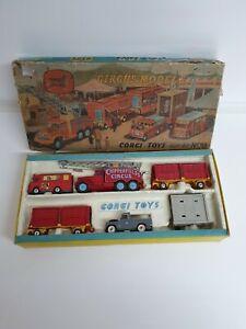 Corgi-Toys-Conjunto-de-regalo-23-Chipperfields-1st-edicion-Original