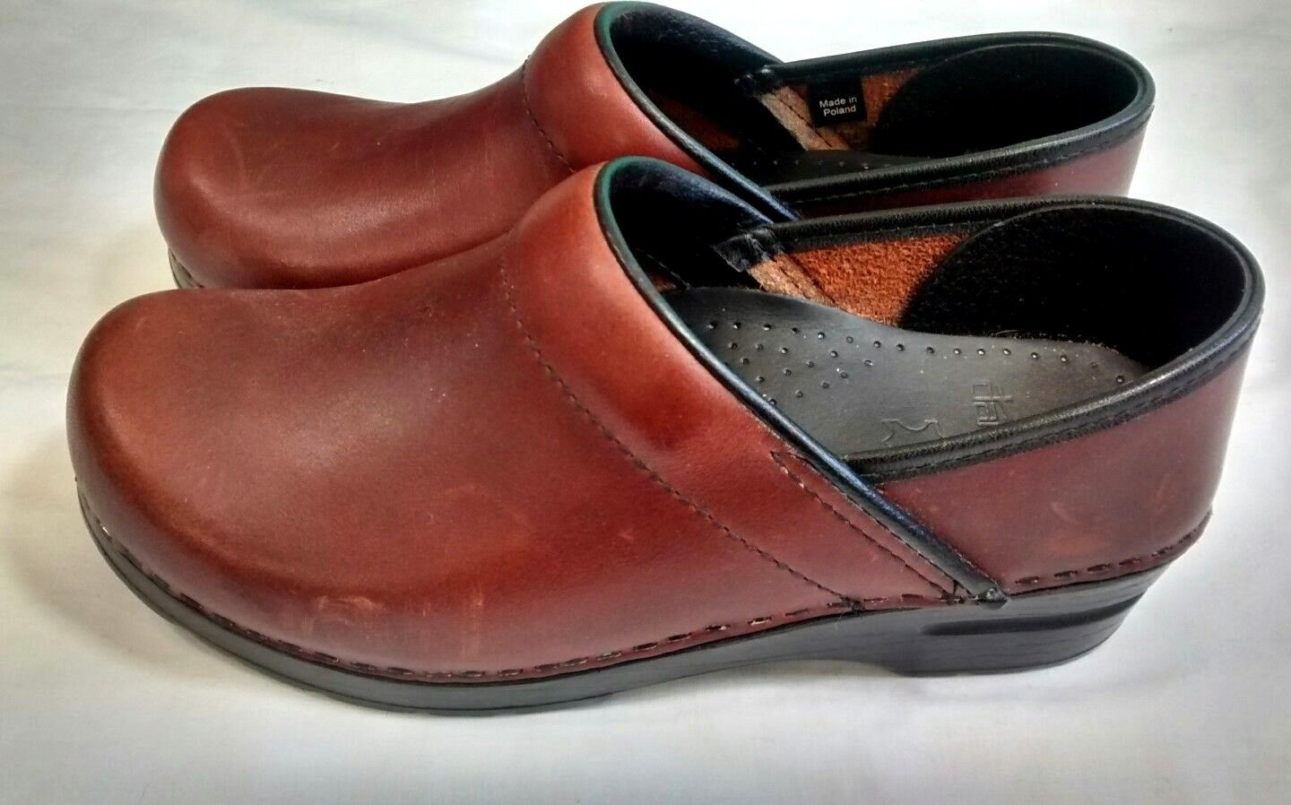 Dansko Brown Leather Clogs 38 306-58260 Stapled