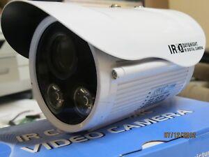 Telecamera 700 linee tvl alta definizione 12 mm lente 1 3 for Definizione camera