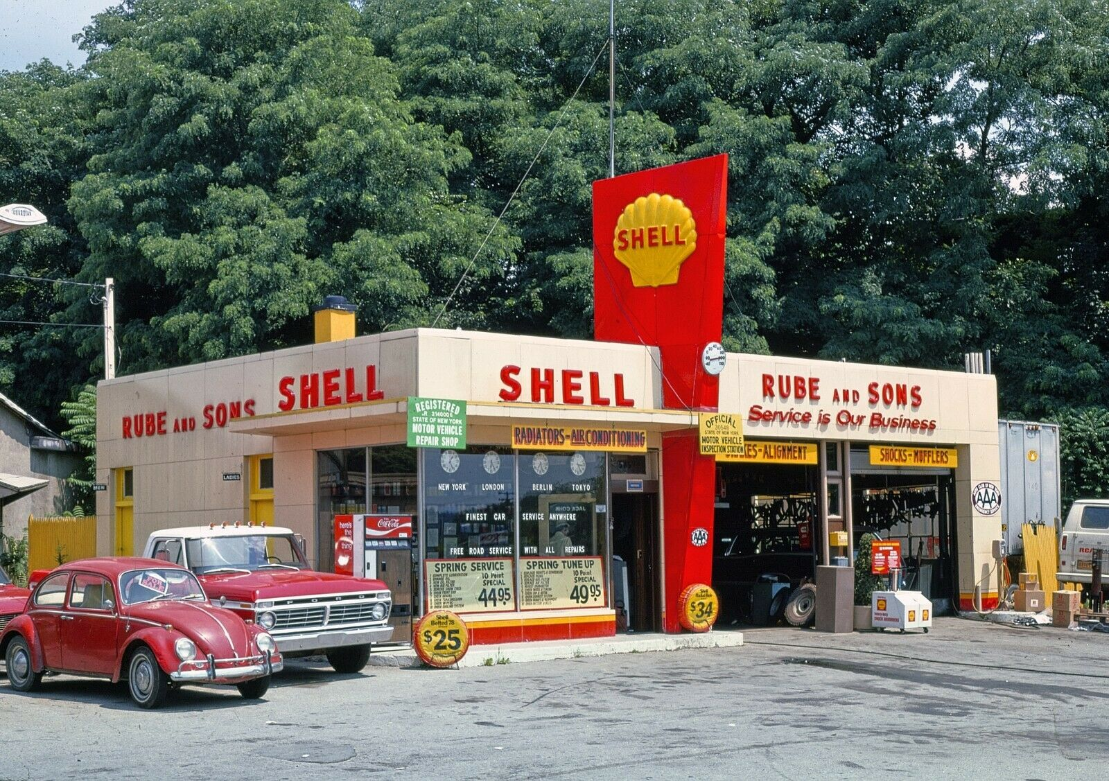 Image 1 - Rube & Sons Shell Gas Station Route 9 Kingston New York 5x7 Color B&W Photo